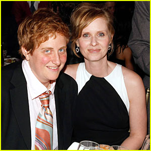 Cynthia Nixon Engaged To Christine Marinoni