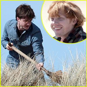 Daniel Radcliffe Digs In
