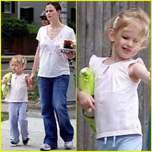 Jennifer Garner is White House Ready