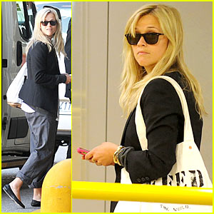 Reese Witherspoon: Feed The Children Of The World!