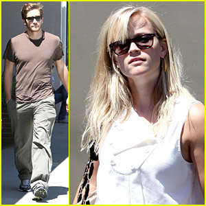Reese Witherspoon & Jake Gyllenhaal Research Restaurants