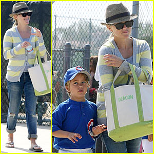 Reese Witherspoon: A Little League Of Her Own