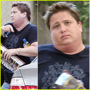 Chaz Bono Plays with Paparazzi