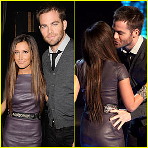 Chris Pine & Audrina Patridge Sit Next To Each Other At MTV Movie Awards 2009