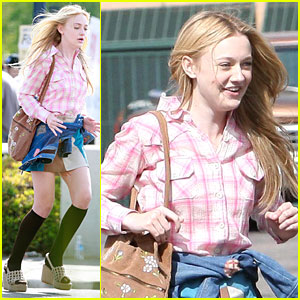 Dakota Fanning: Pink Plaid Princess