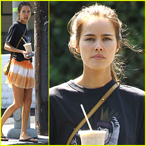 Isabel Lucas is Transformers Tasty