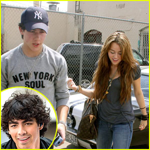 are nick and miley dating again 2009