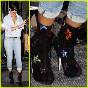 Rihanna is a Star Boots Babe