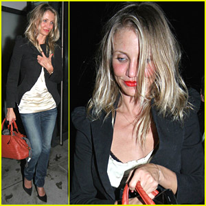 Cameron Diaz Jives With Jude Law