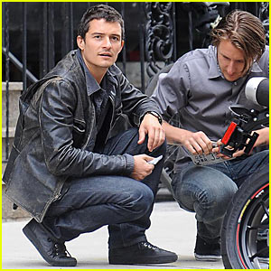 Orlando Bloom Locates License Plate