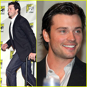Tom Welling Makes Comic-Con Crazy Crazy Crazy