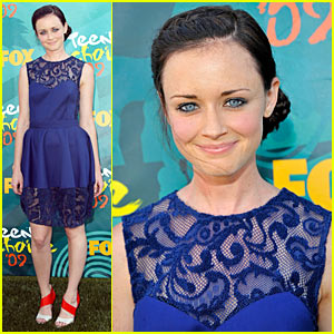 alexis bledel teen choice awards 2009 Alexis Bledel   Sisterhood The Traveling Pants Bikini Caps