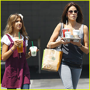 Teri Hatcher & Emerson Rose: Starbucks Saturday!