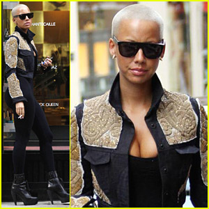 Amber Rose Shops And Smokes