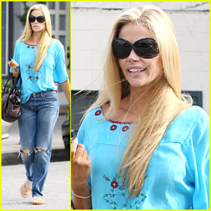 Denise Richards Shows Off Her Lighter Locks