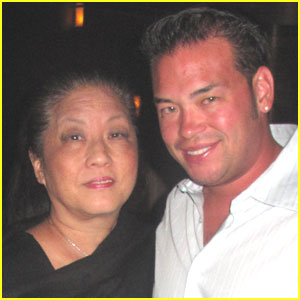 Jon Gosselin is a Momma's Boy