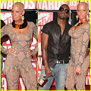 Kanye West & Amber Rose - MTV VMAs 2009