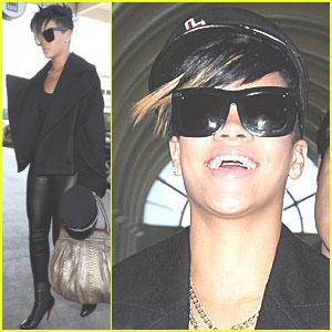 Rihanna LOLs
