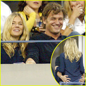 Sienna Miller &#038; George Baker: U.S. Open PDA!