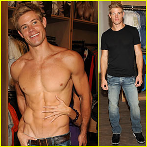 Trevor Donovan: Shirtless Shopping