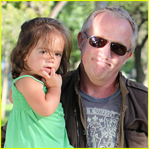 Valentina Pinault: Day Out With Daddy!