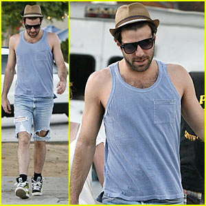 Zachary Quinto is Ripped -- Literally