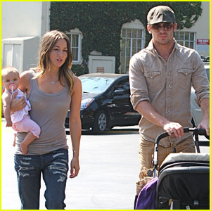 Cam Gigandet & The Girls: Lovely Lunch