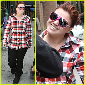 Kelly Clarkson: NYC Deli Delicious