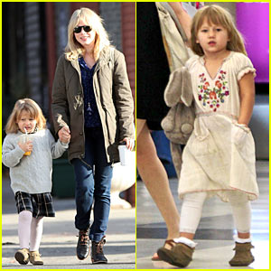 Michelle Williams & Matilda Ledger Take Flight