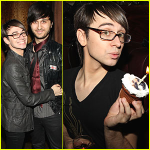 Christian Siriano Parties with Cocktails and Cupcakes