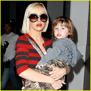 Christina Aguilera & Max Bratman: Kidnasium Krazy!