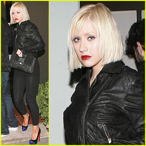 christina aguilera short blonde bob haircut Here's a tip for Christina Aguilera's stylist come next year's American ...
