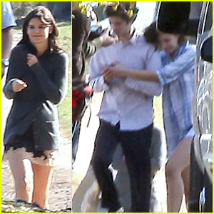 Katie Holmes & Adam Brody Hug It Out