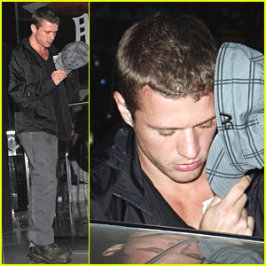 Ryan Phillippe Hides Behind His Hat