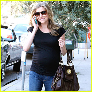 Sarah Chalke: Having A Baby Boy!