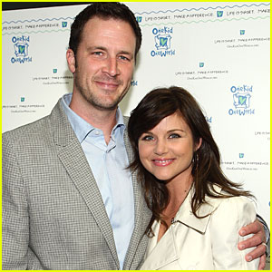 Tiffani Thiessen & Husband: Expecting A Baby!