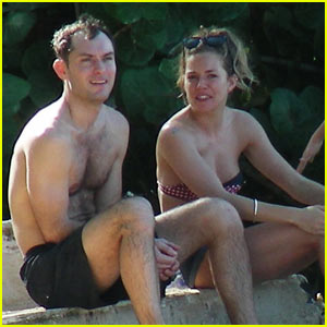 Jude Law: Barbados Lovefest with Sienna Miller!