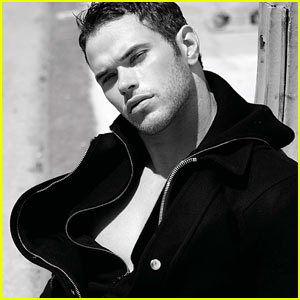Kellan Lutz: New Year's Party with Just Jared!