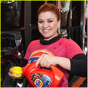 Kelly Clarkson Skinny Vs Curvy Kelly clarkson brings loads ofKelly Clarkson Skinny Vs Curvy