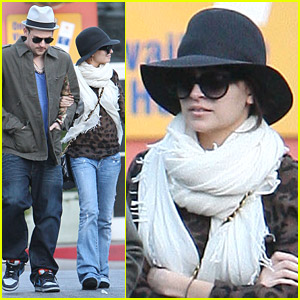 Nicole Richie & Joel Madden Go Jewelry Shopping