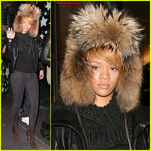 Rihanna: Fur Hat Hottie