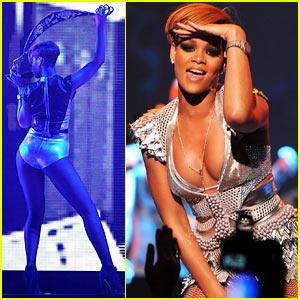 Rihanna Rocks Hammerstein Ballroom