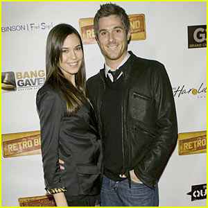 Dave Annable & Odette Yustman: Retro Brand Couple