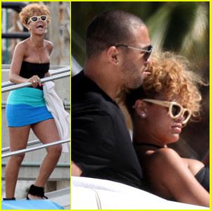 Rihanna & Matt Kemp: Cabo Cuddling