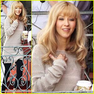 Christina Aguilera Sticks To The Script