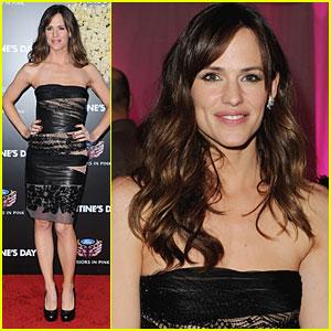 Jennifer Garner Premieres 'Valentine's Day' in L.A.