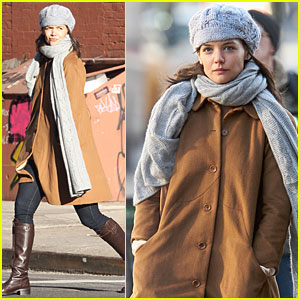 Katie Holmes is a Bundled Up Beauty