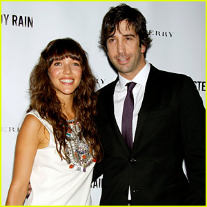 David Schwimmer: Engaged to Zoe Buckman!