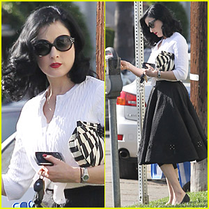 Dita von Teese Laments About Her Popular Pilates Class