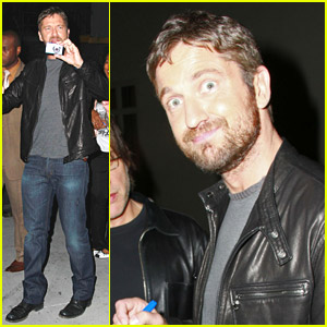 Gerard Butler Captures The Crowds